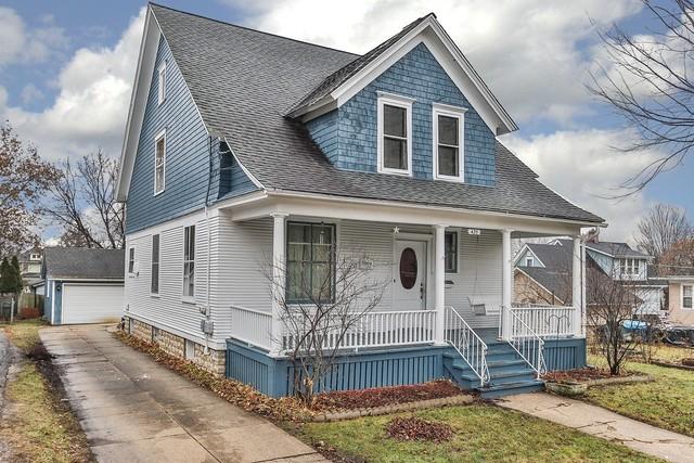 425 Billings Street, Elgin, Illinois