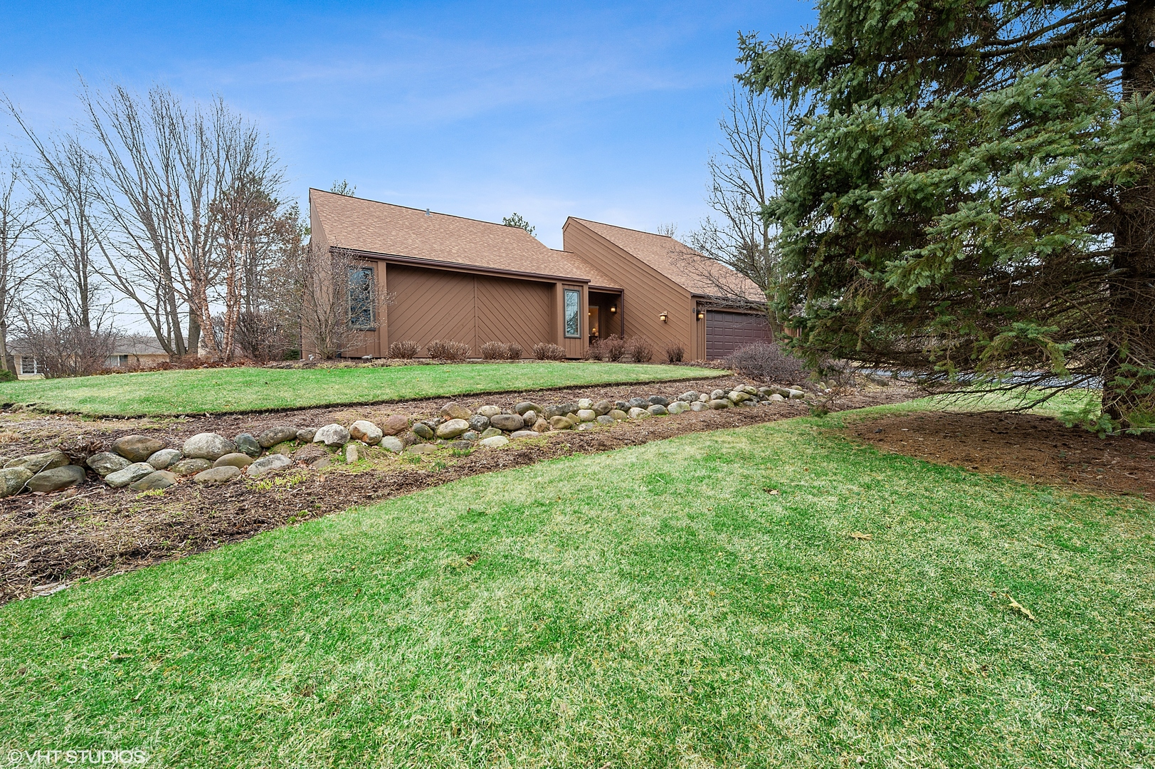 6 Chipping Campden Drive, South Barrington, Illinois