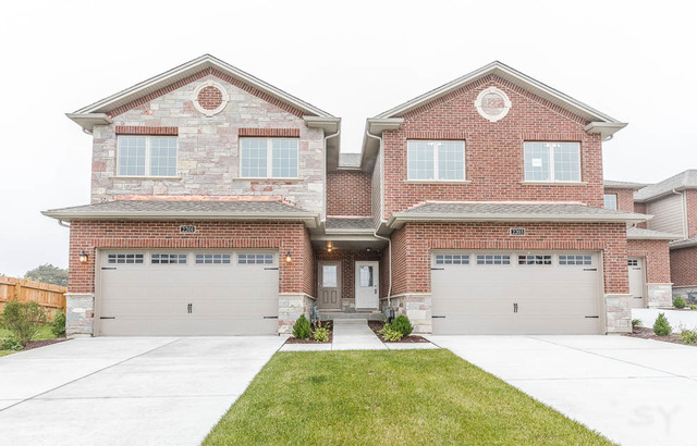 2203 Maple Hill Court, Downers Grove, Illinois