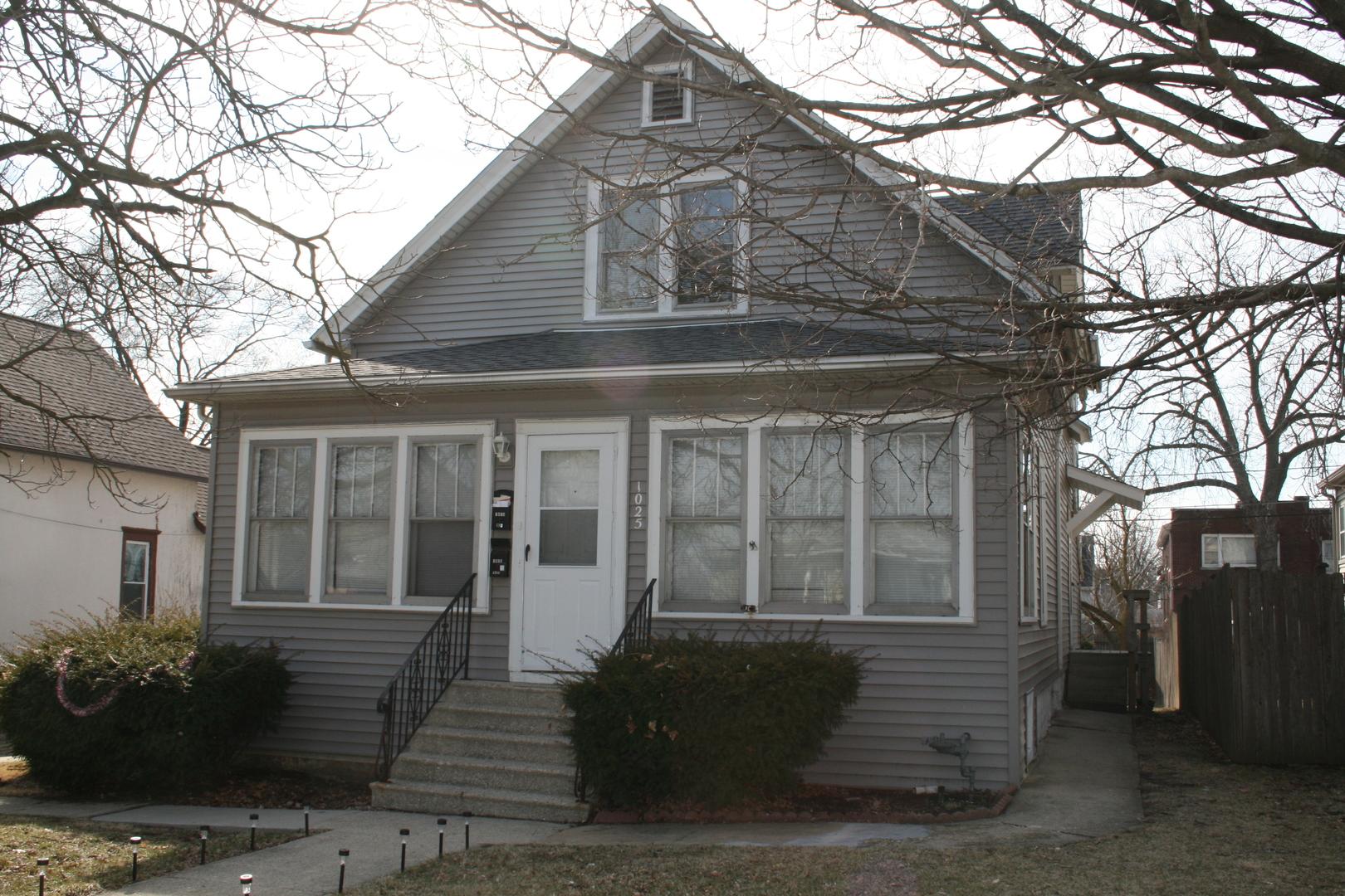 1025 Wilcox Street, Joliet, Illinois