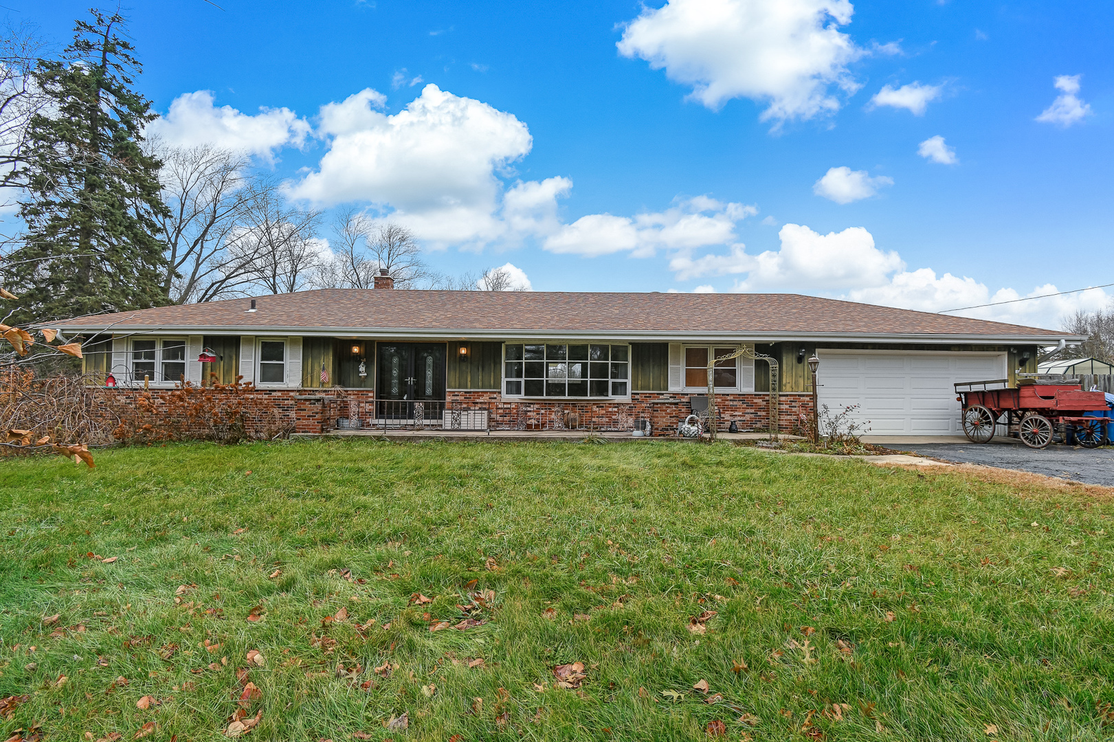 1112 Woodcrest Drive, Downers Grove, Illinois