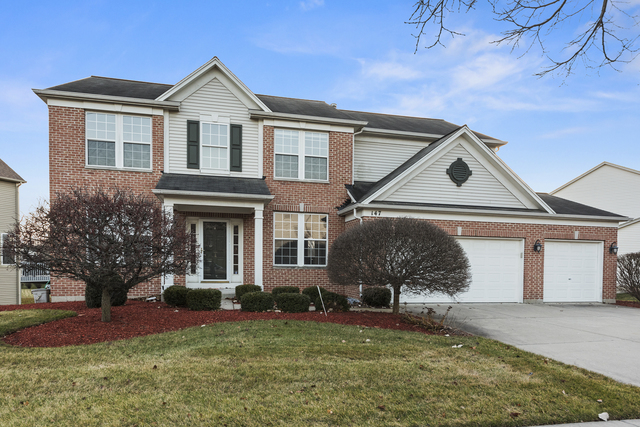 147 Rosewood Drive, Streamwood, Illinois 4 Bedroom as one of Homes & Land Real Estate