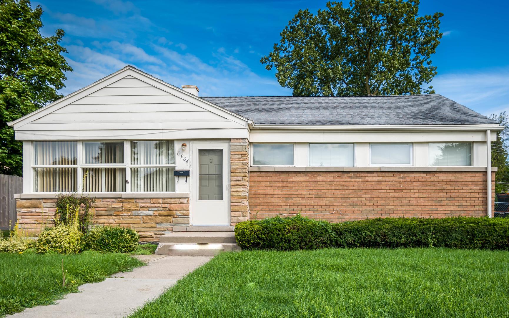 6906 Beckwith Road, Morton Grove, Illinois