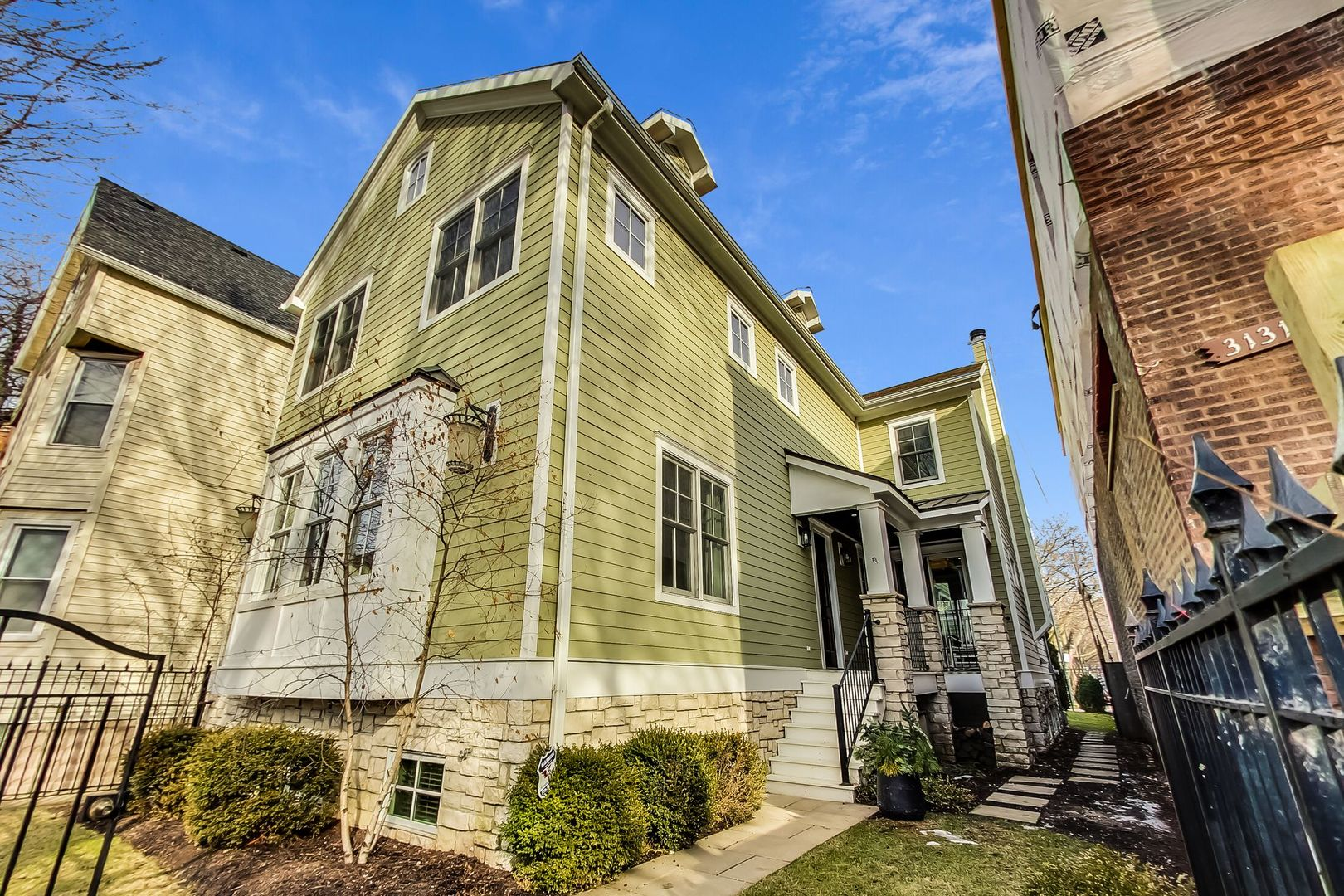 3133 North Hoyne Avenue, Chicago North Center in Cook County, IL 60618 Home for Sale