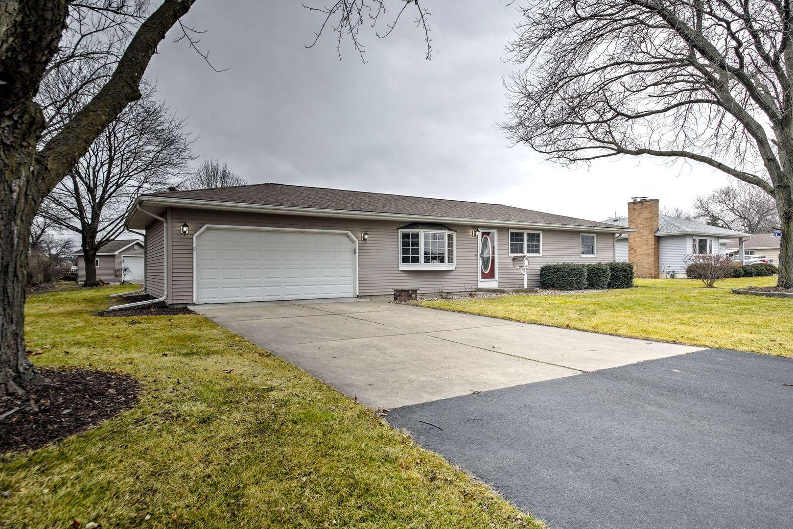 217 Sharon Lane, Aurora North, Illinois