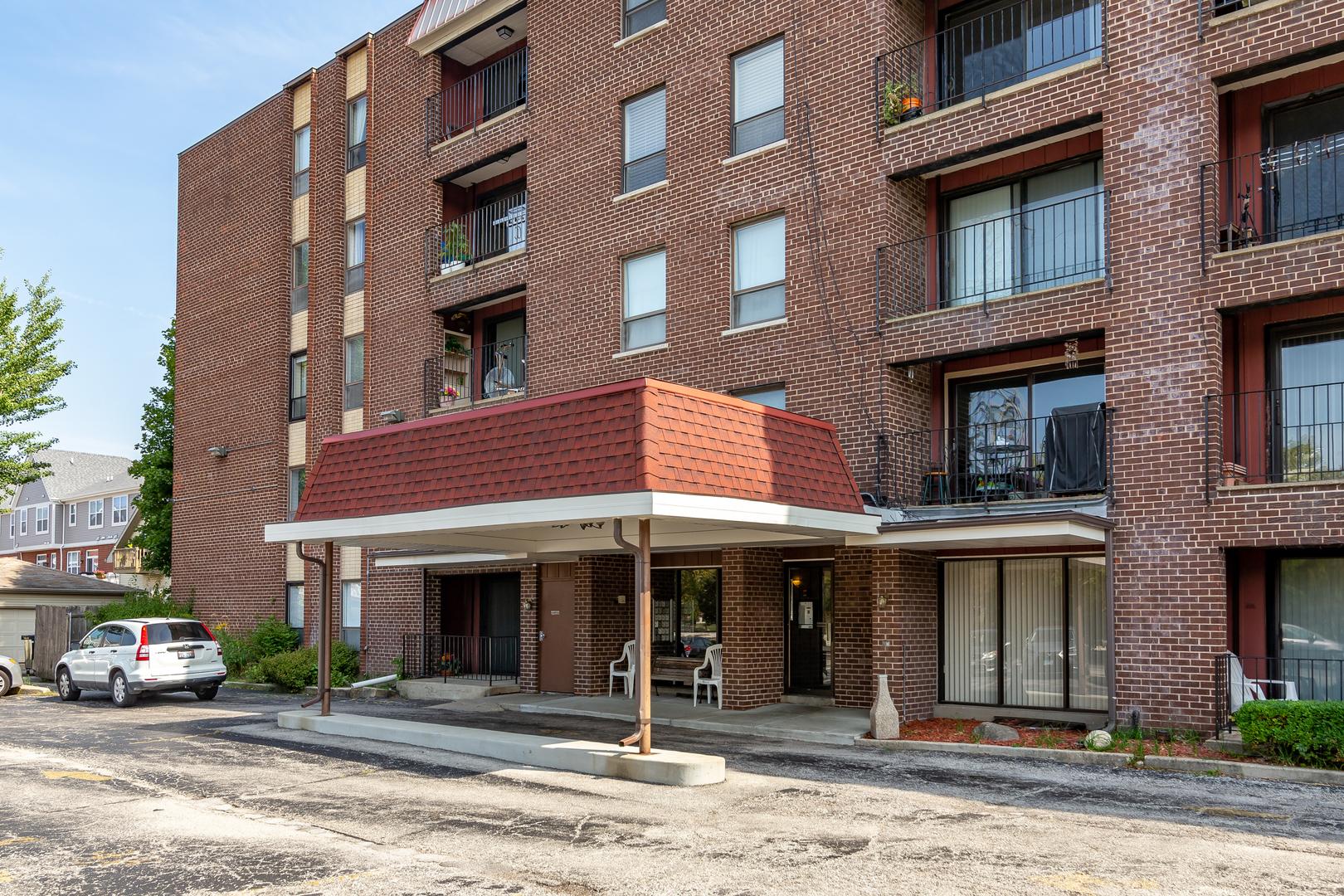 6330 LINCOLN Avenue, Morton Grove, Illinois