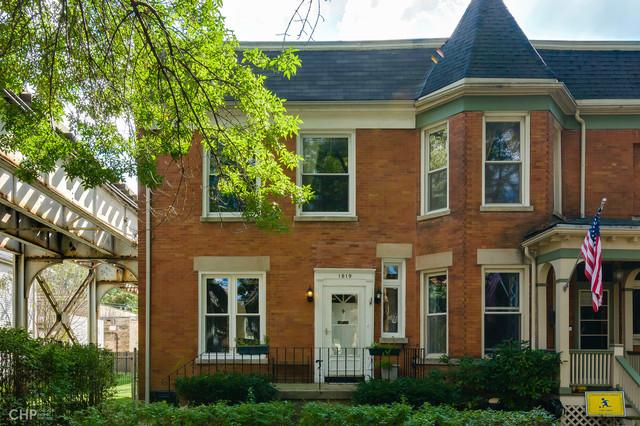 1819 West Eddy Street, Chicago North Center, Illinois