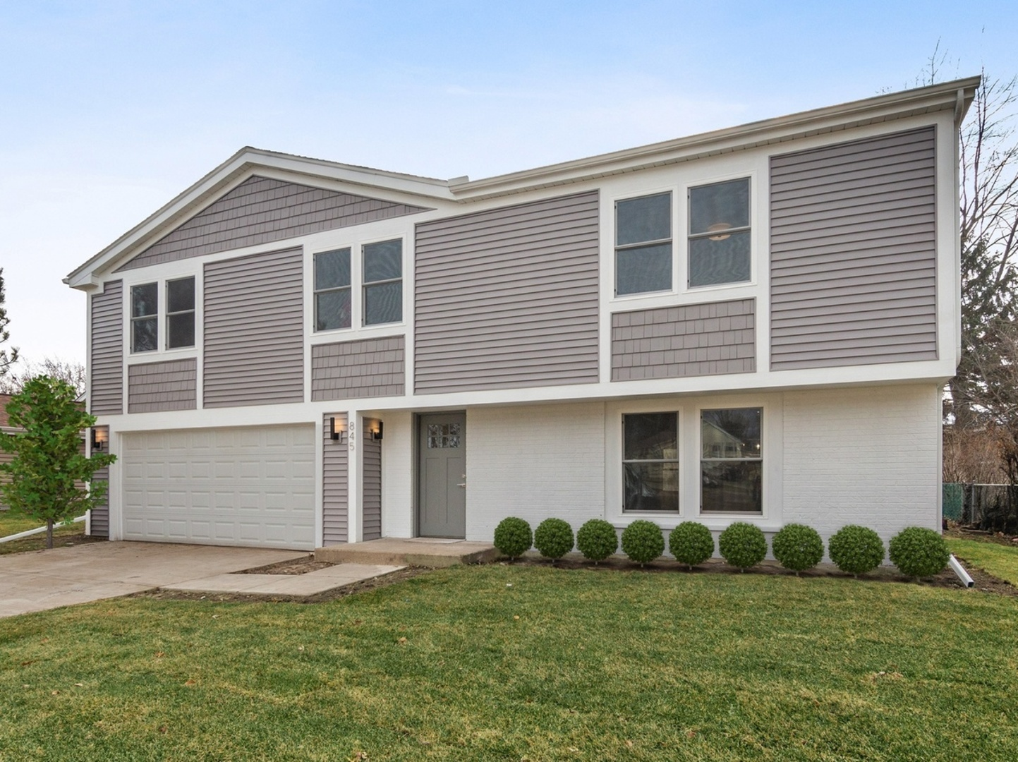 845 Thornton Lane, Buffalo Grove in Cook County, IL 60089 Home for Sale
