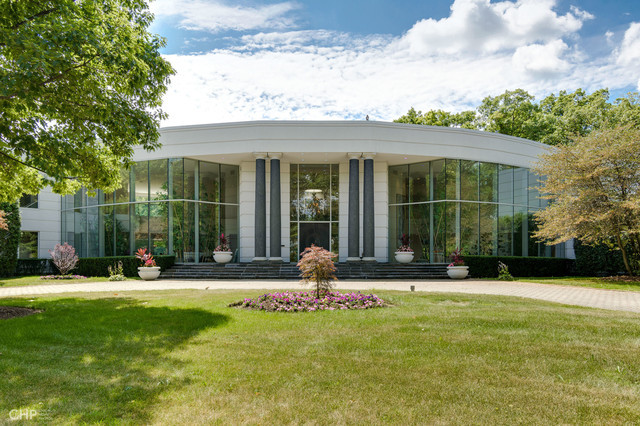303 South Green Bay Road, Lake Forest, Illinois