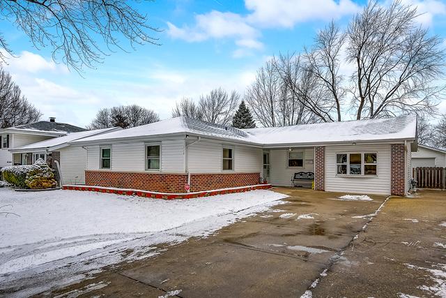 110 Janet Avenue, Streamwood, Illinois