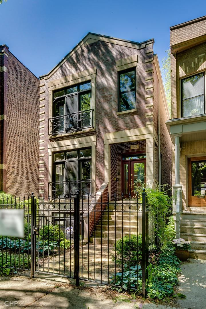 1830 West EDDY Street, Chicago North Center, Illinois