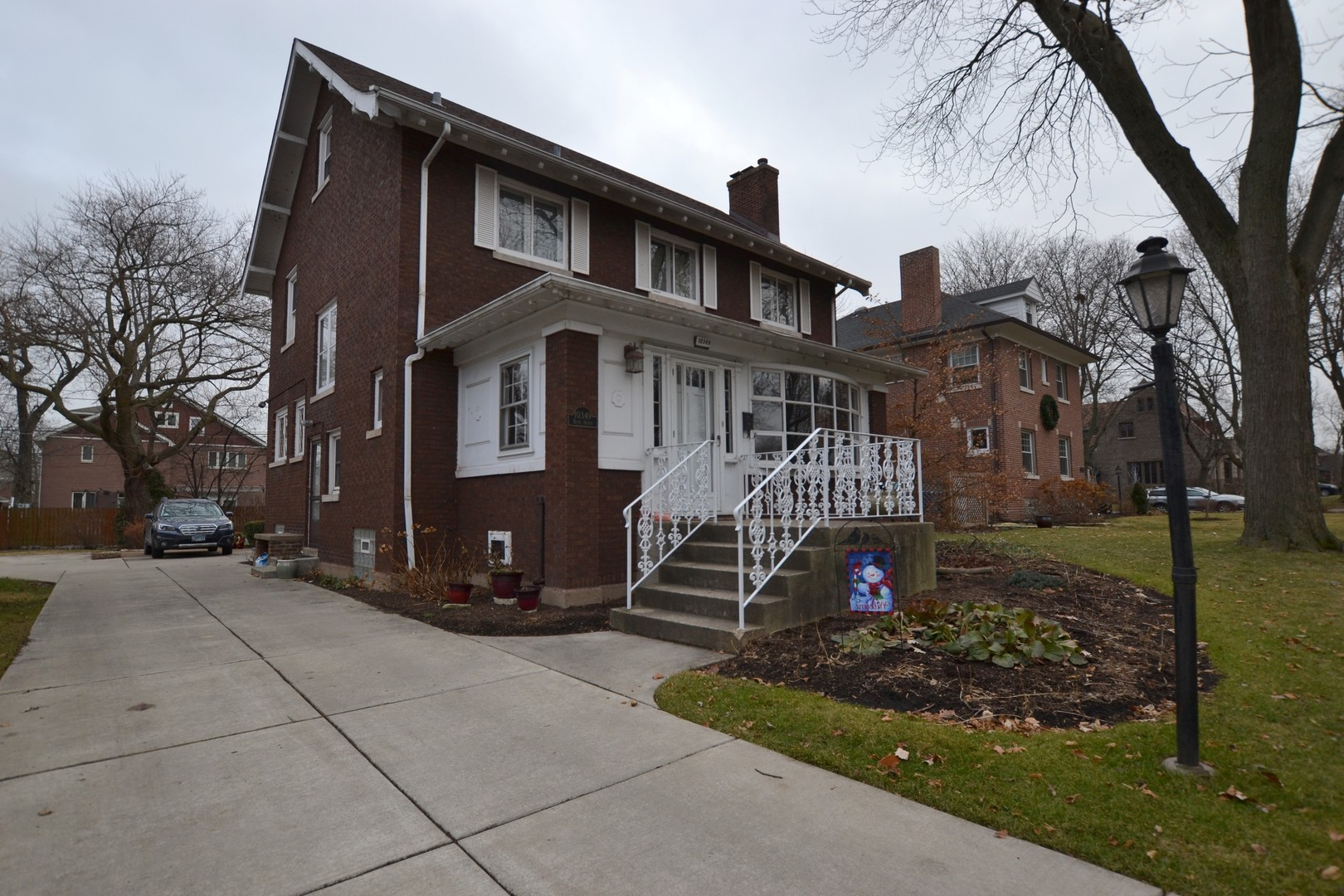 10349 South Hoyne Avenue, Beverly-Chicago in Cook County, IL 60643 Home for Sale