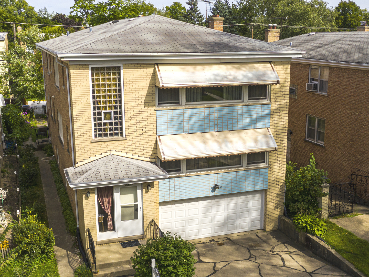 7911 Kedvale Avenue, Skokie in Cook County, IL 60076 Home for Sale
