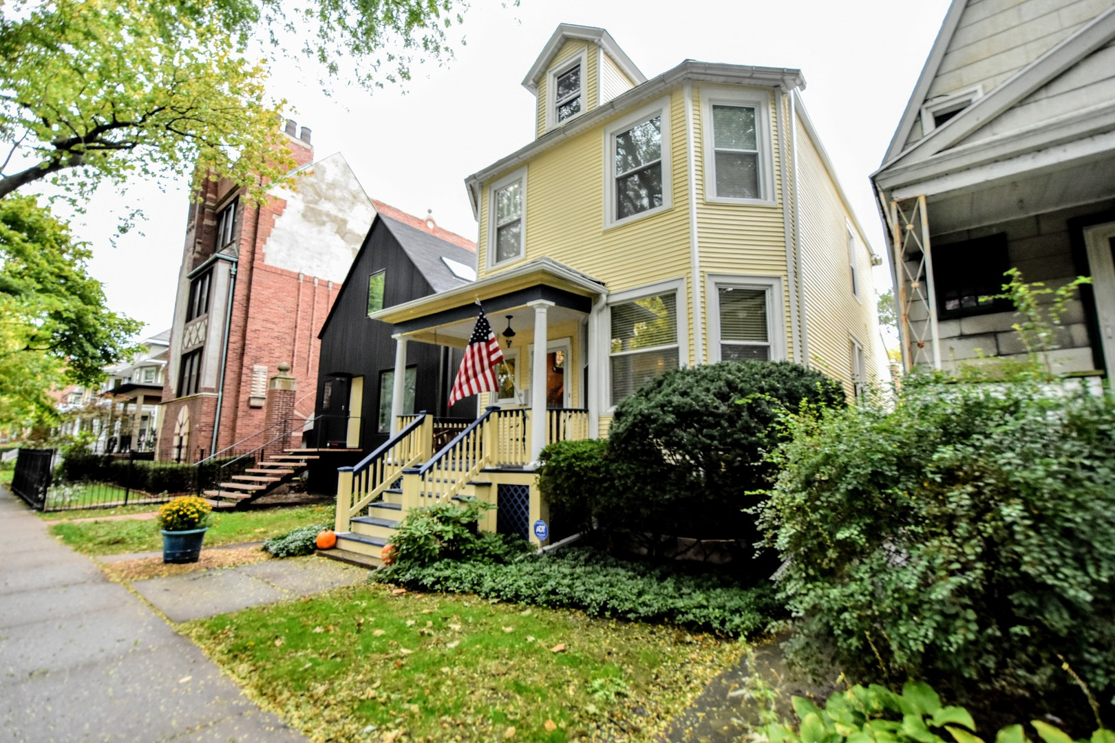 6231 North Lakewood Avenue, one of homes for sale in Edgewater