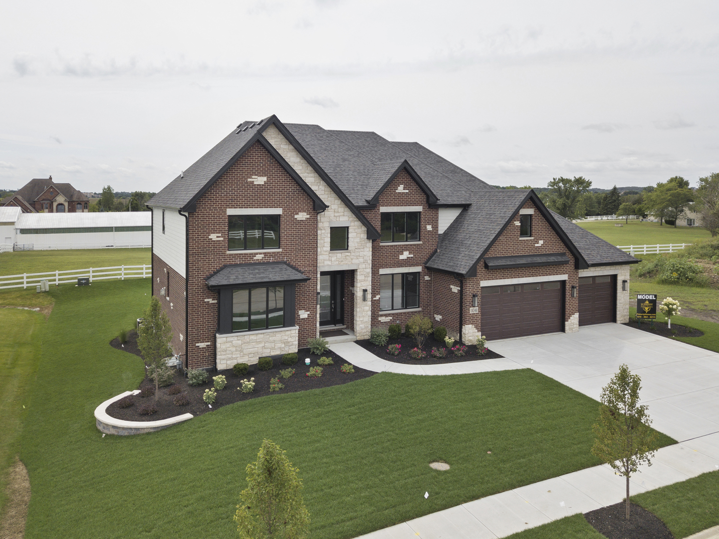 11041 Deer Haven Lane, Orland Park, Illinois