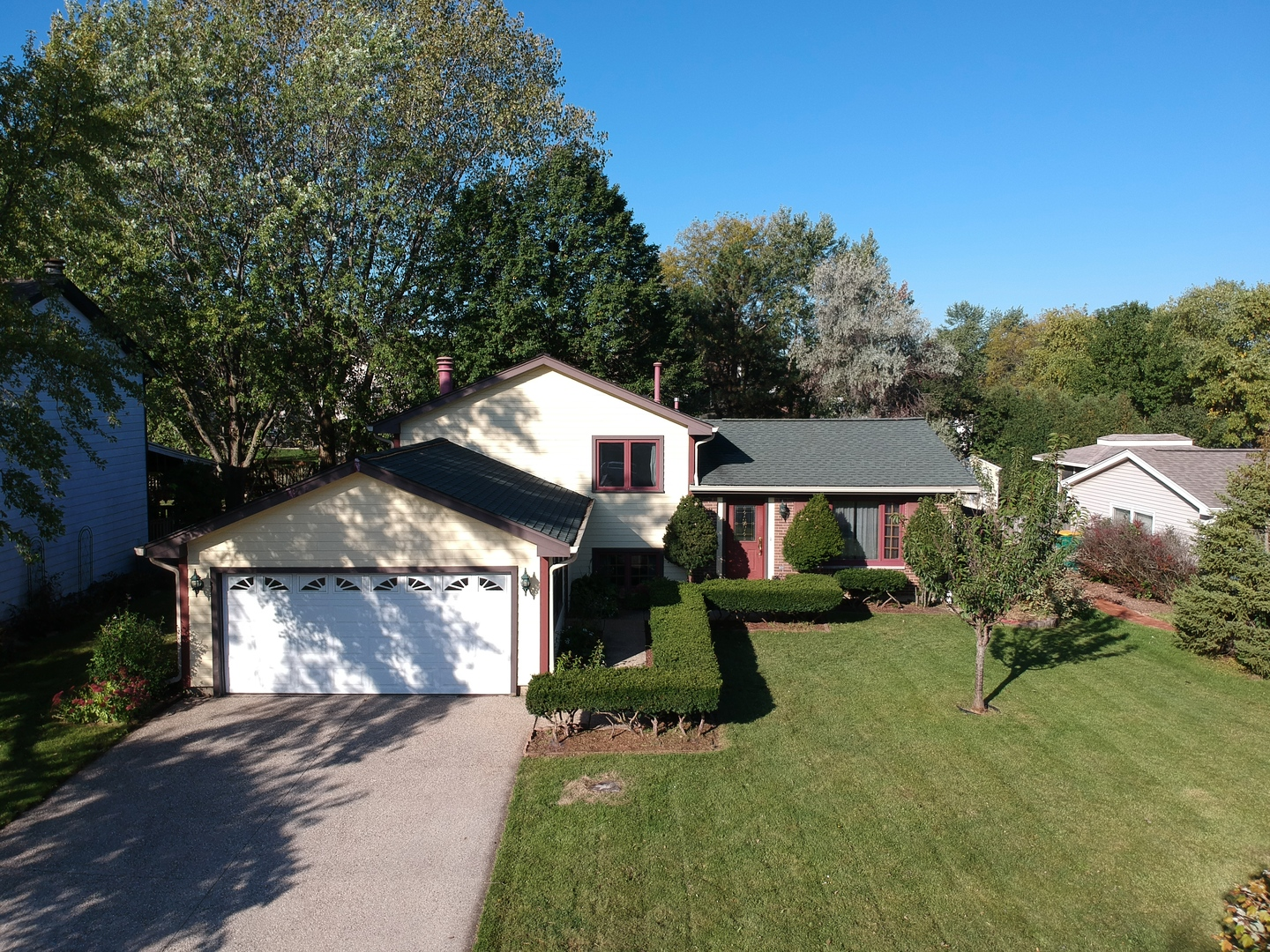 1523 Bayview Drive, Lake Zurich, Illinois