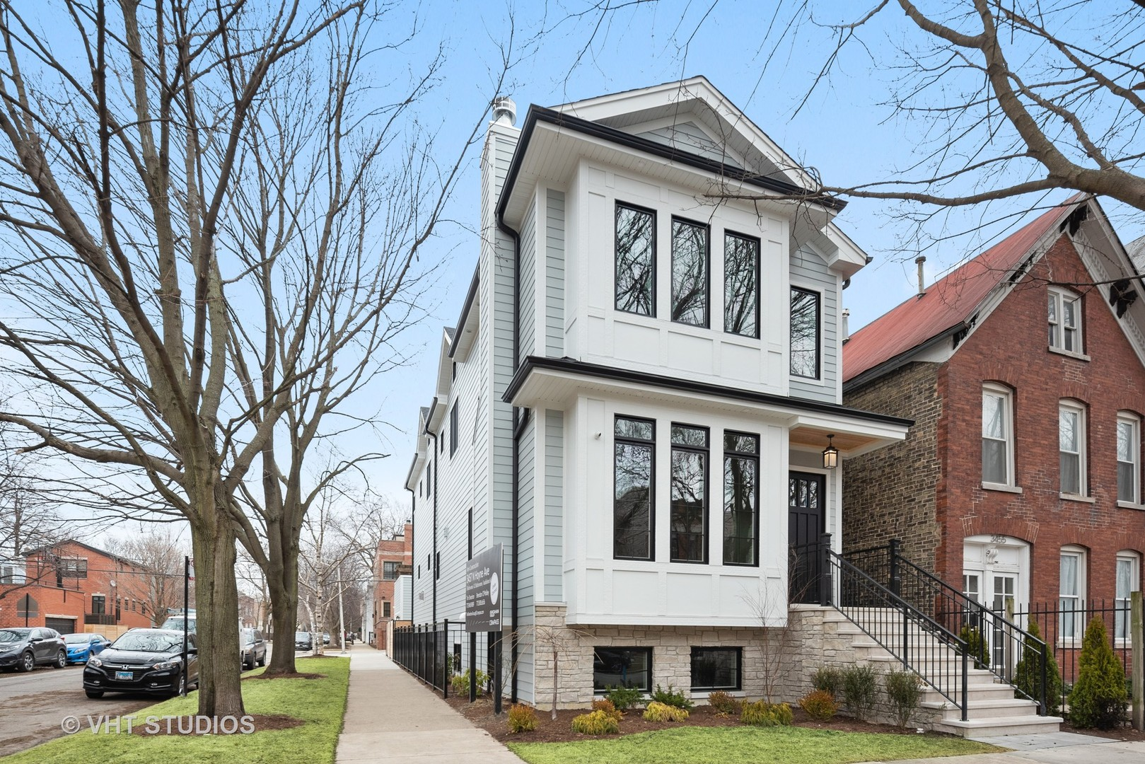 3457 North Hoyne Avenue, Chicago North Center, Illinois