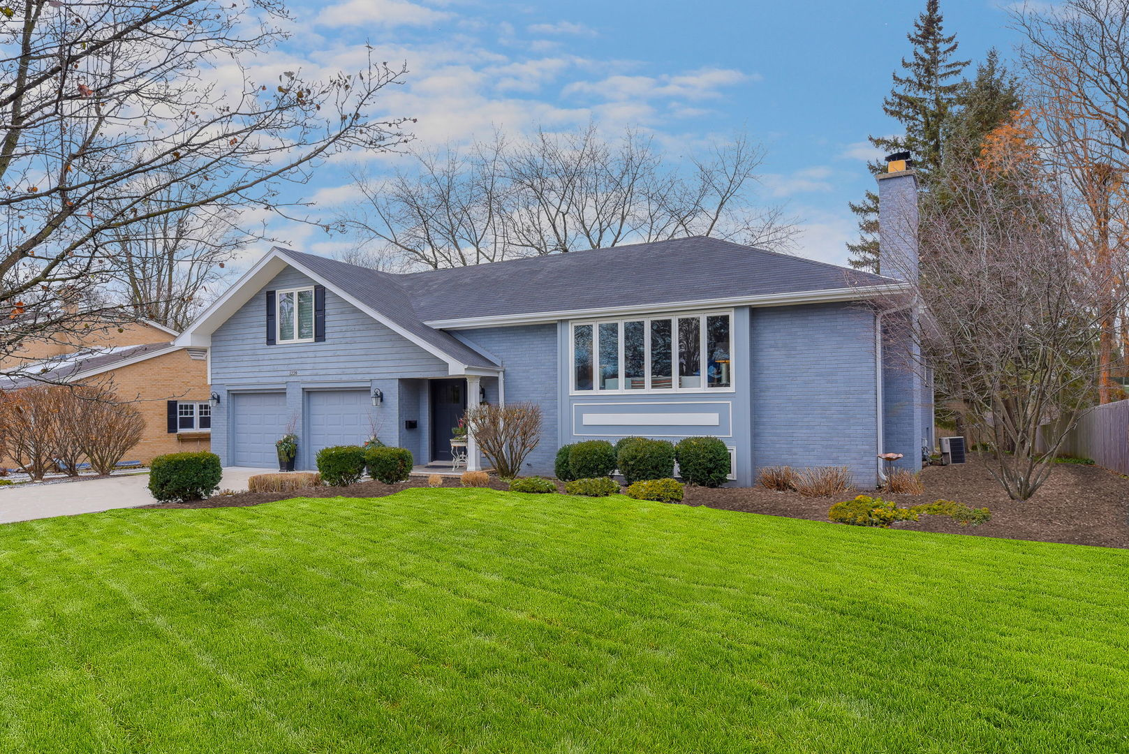 1228 Gamon Road, Wheaton, Illinois