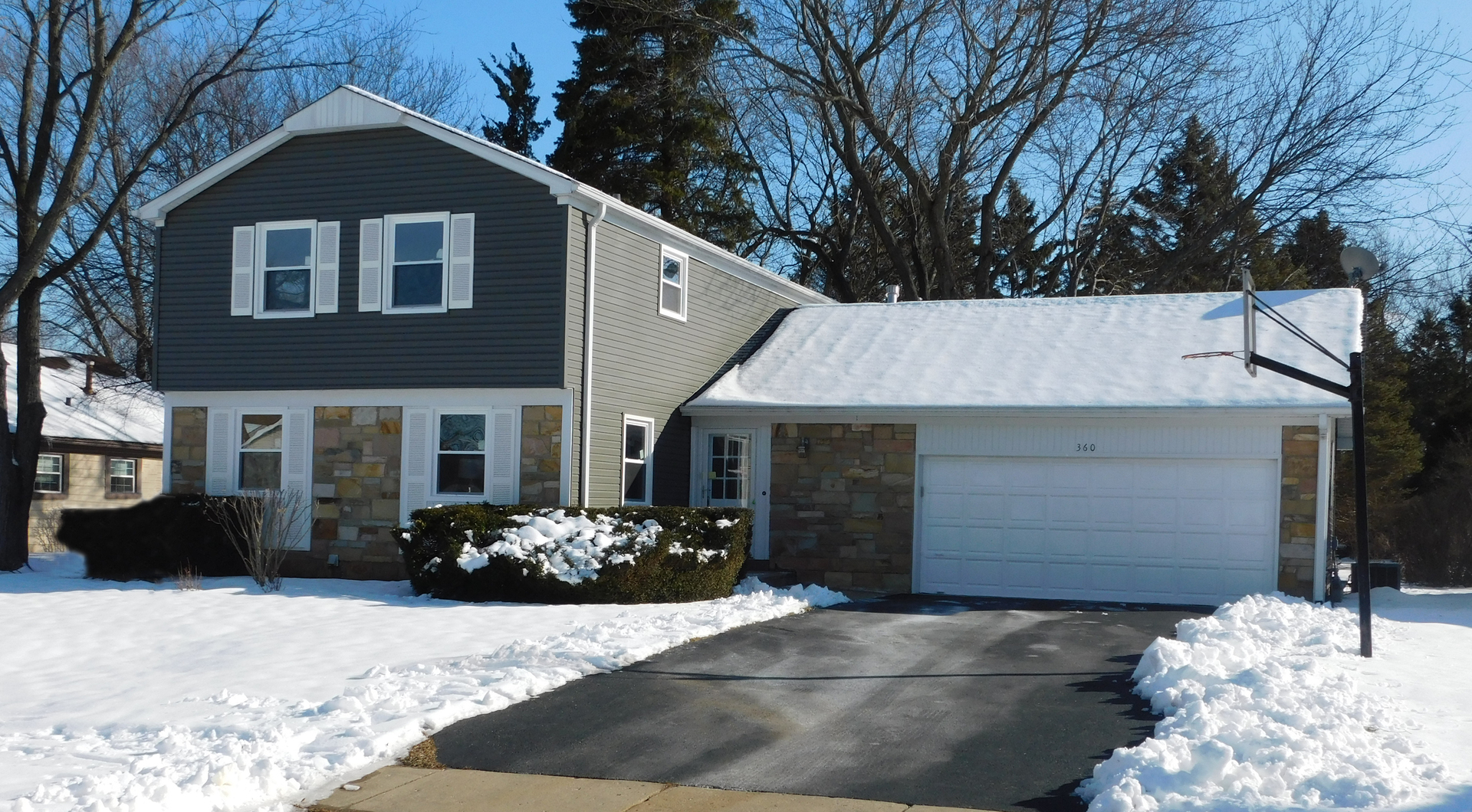One of Buffalo Grove 5 Bedroom Homes for Sale at 360 SPRINGSIDE Lane