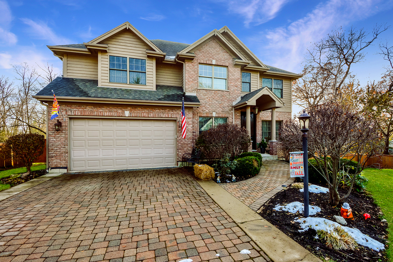 23211 West Crestwood Lane, Lake Zurich, Illinois