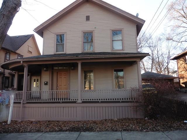 360 North Spring Street, Elgin, Illinois