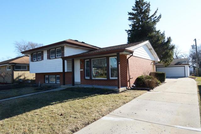 One of Des Plaines 3 Bedroom Homes for Sale at 421 Dover Drive