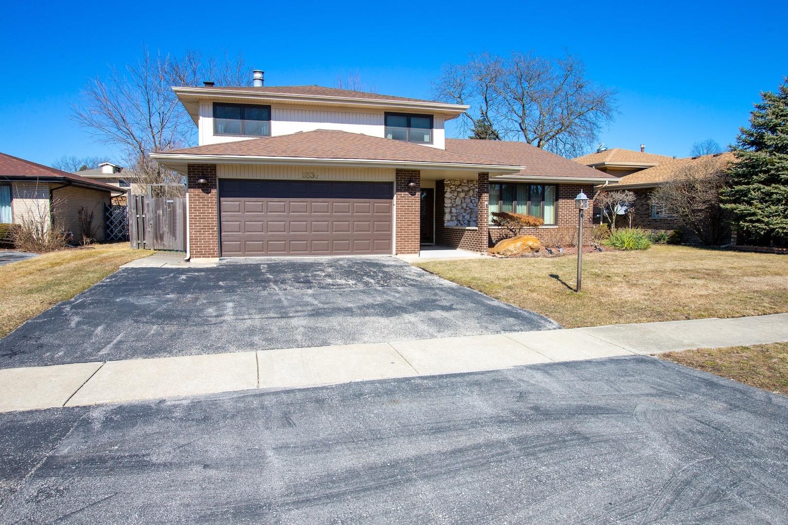 8530 West Sun Valley Drive, Palos Hills, Illinois