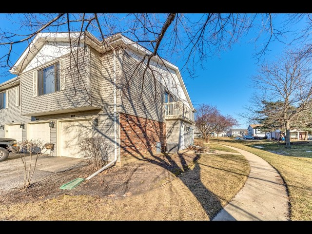 402 Buchanan Court, Vernon Hills in Lake County, IL 60061 Home for Sale