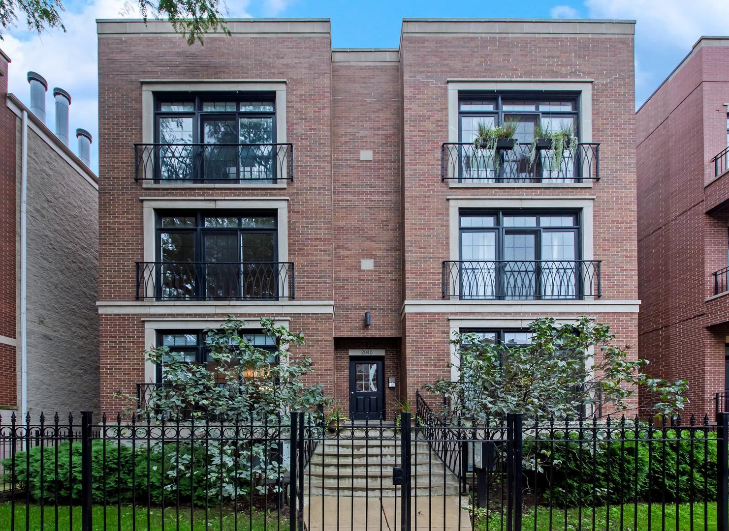 2940 North DAMEN Avenue, Chicago North Center, Illinois