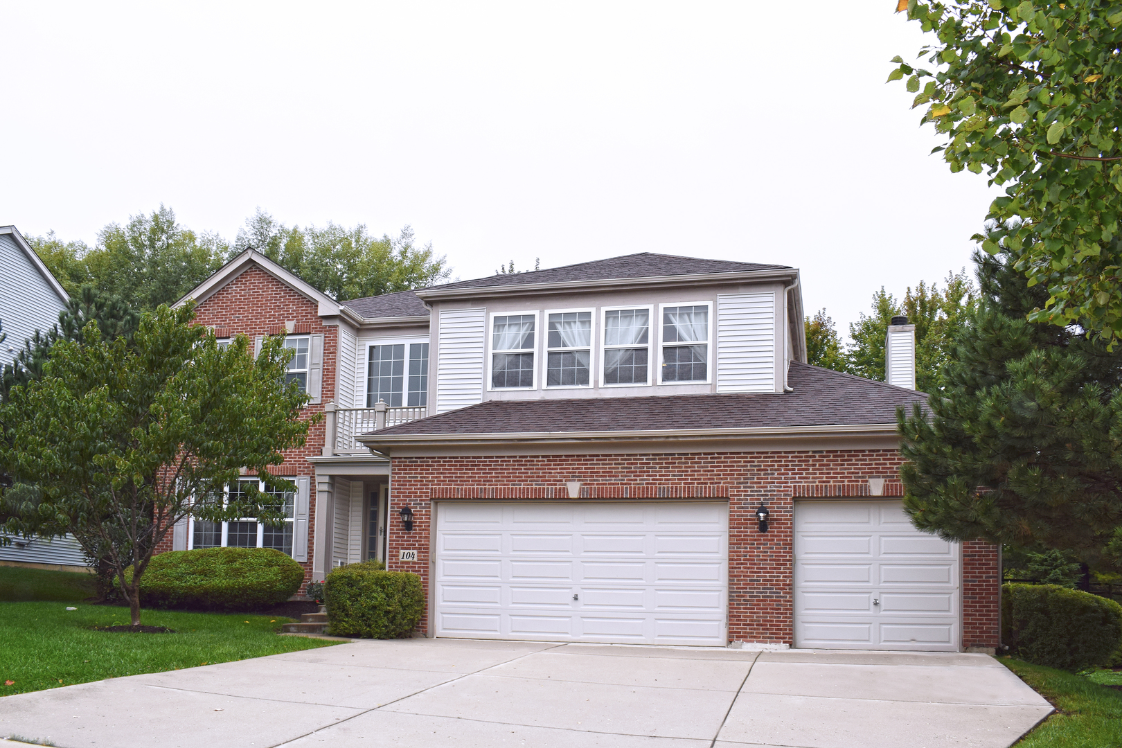 104 Nettle Lane, Streamwood, Illinois 4 Bedroom as one of Homes & Land Real Estate