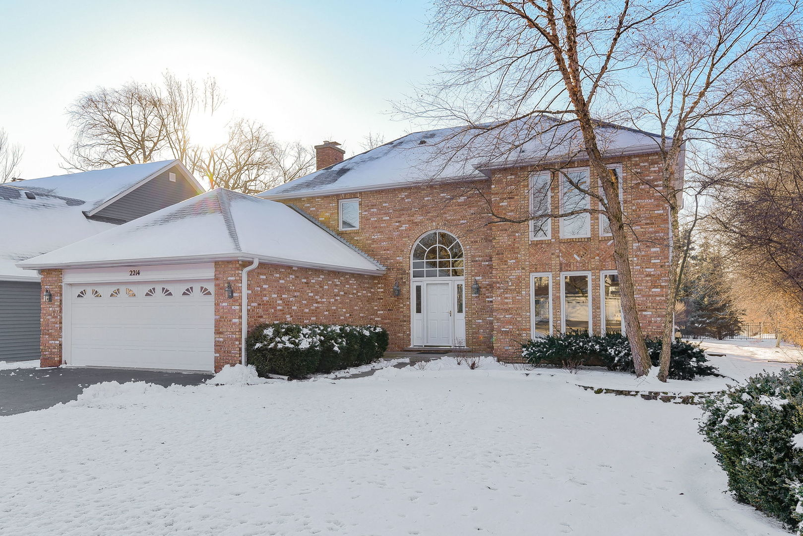 2214 Embden Lane, Wheaton, Illinois