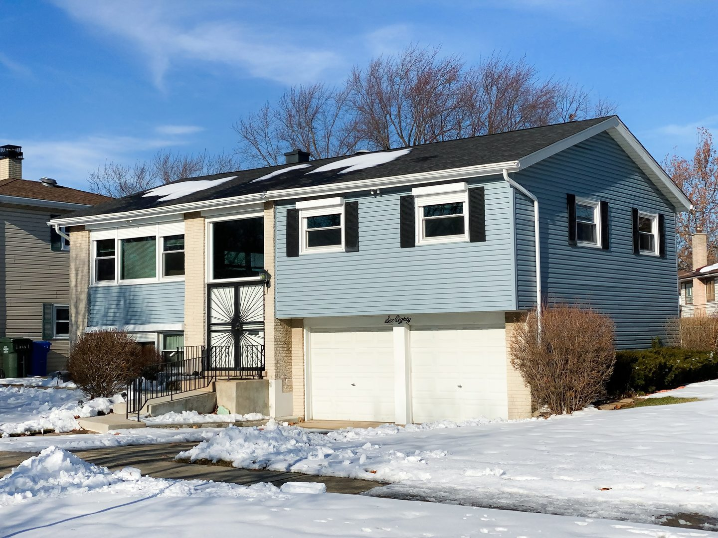 680 Waikiki Drive, Des Plaines in Cook County, IL 60016 Home for Sale