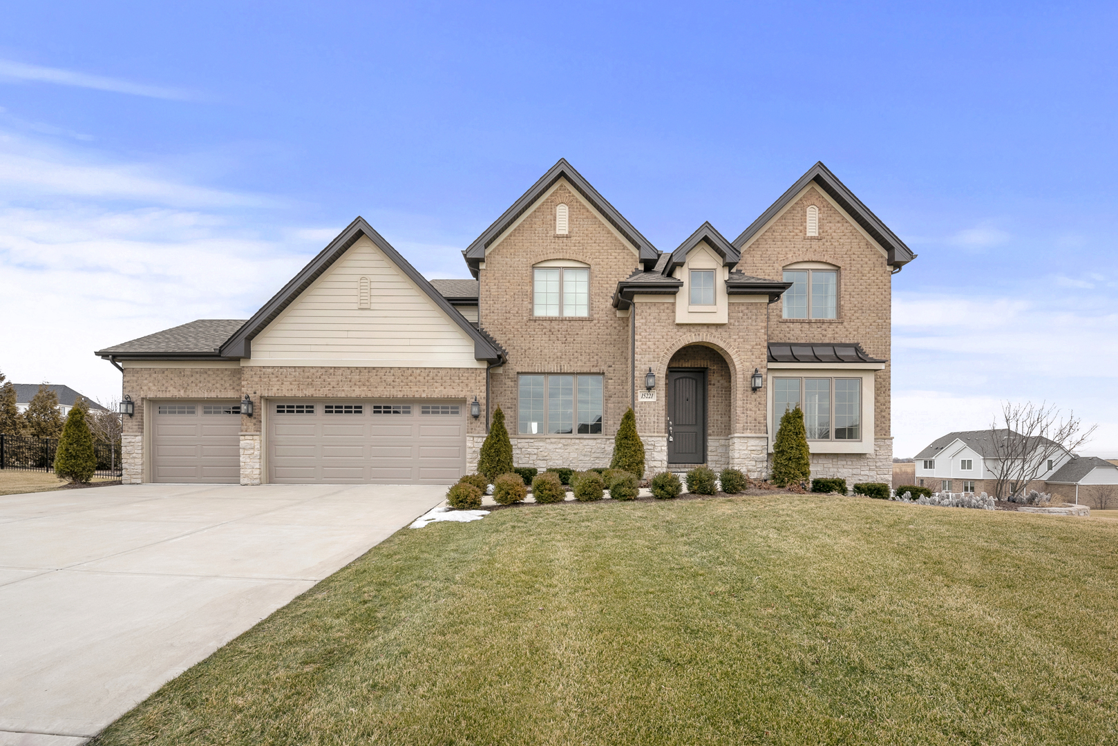 15221 South Nutmeg Avenue, Homer Glen in Will County, IL 60491 Home for Sale