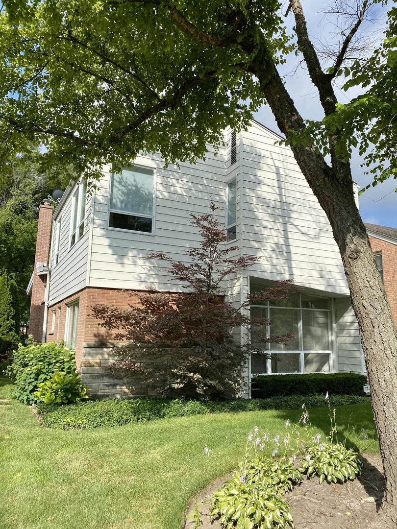 670 Pleasant Avenue, Highland Park, Illinois