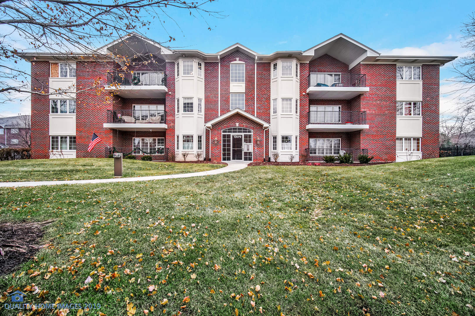 13079 Laurel Glen Court, Palos Heights, Illinois