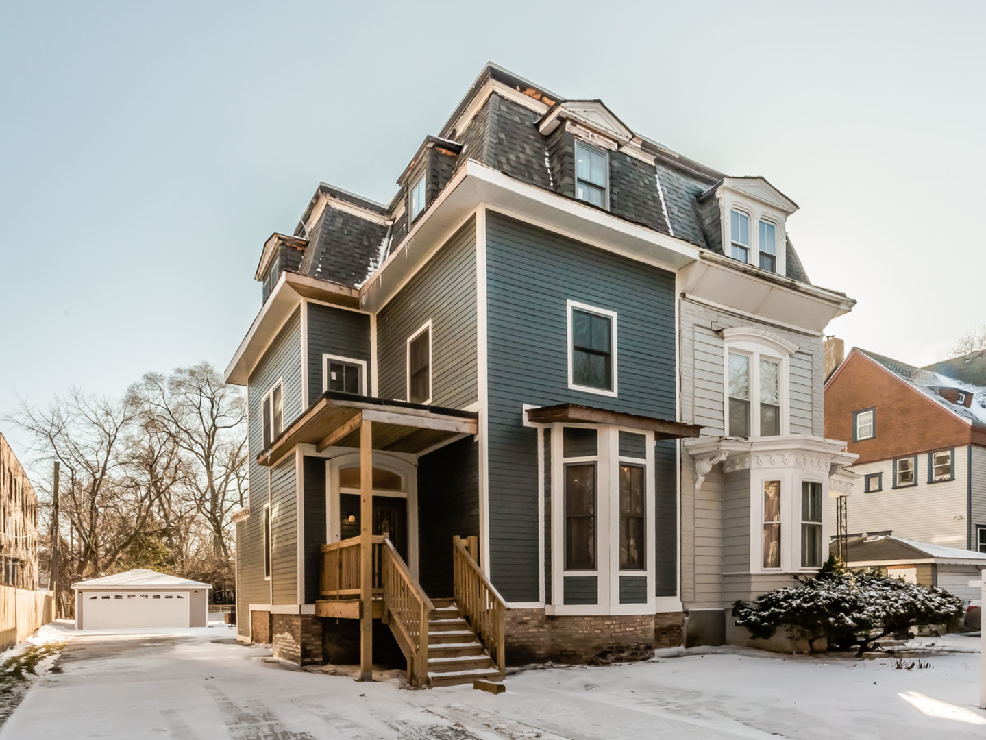 1359 East 48TH Street, Hyde Park, Illinois