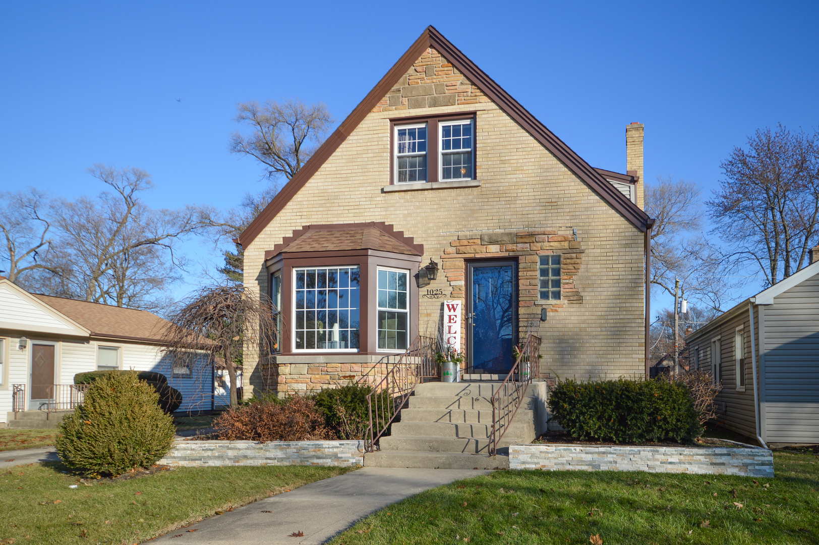 1025 Webster Lane, Des Plaines in Cook County, IL 60016 Home for Sale