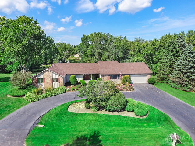 40306 North Sunset Drive, Antioch, Illinois