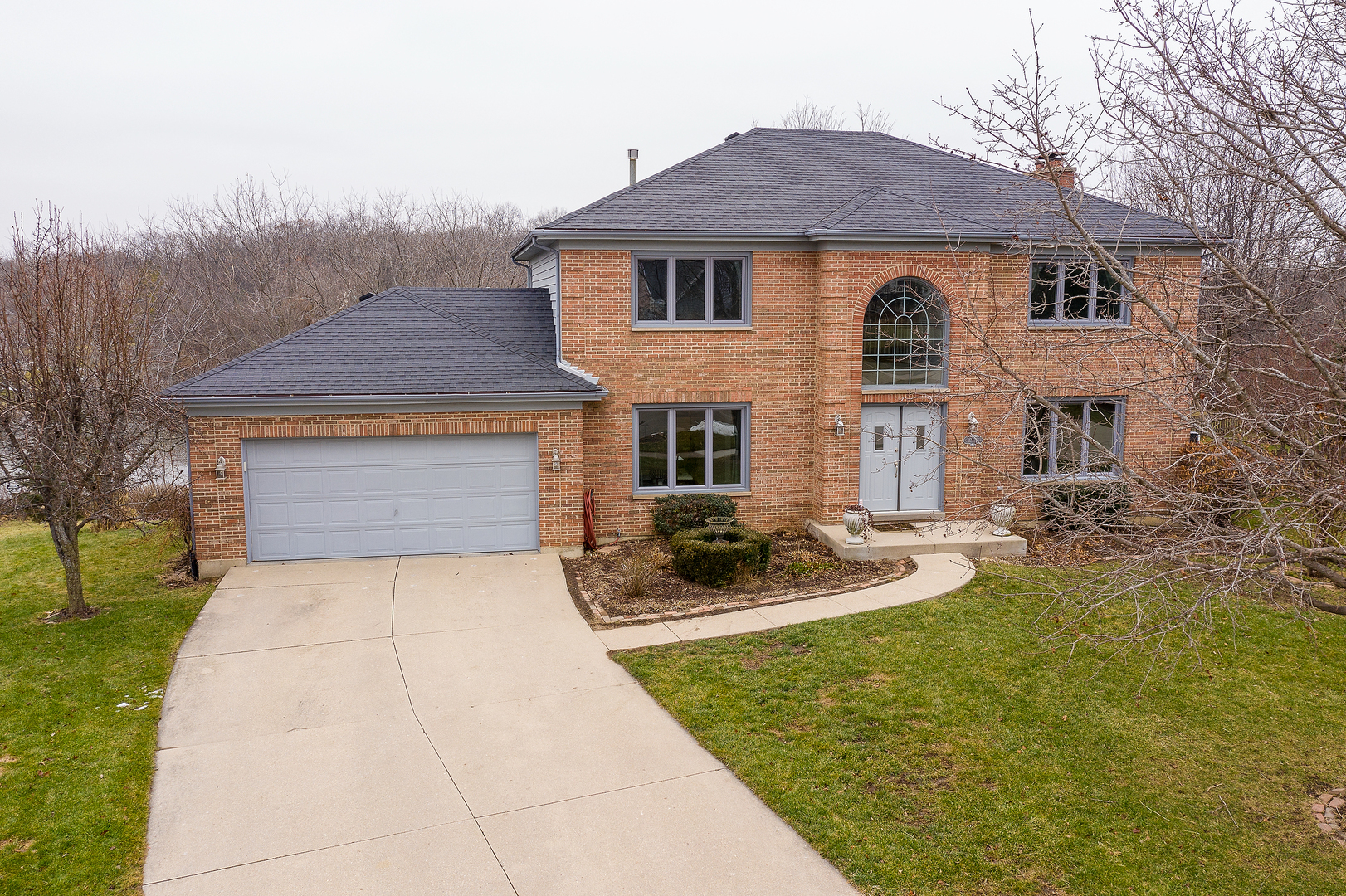17178 West Tiger Tail Court, Gurnee, Illinois