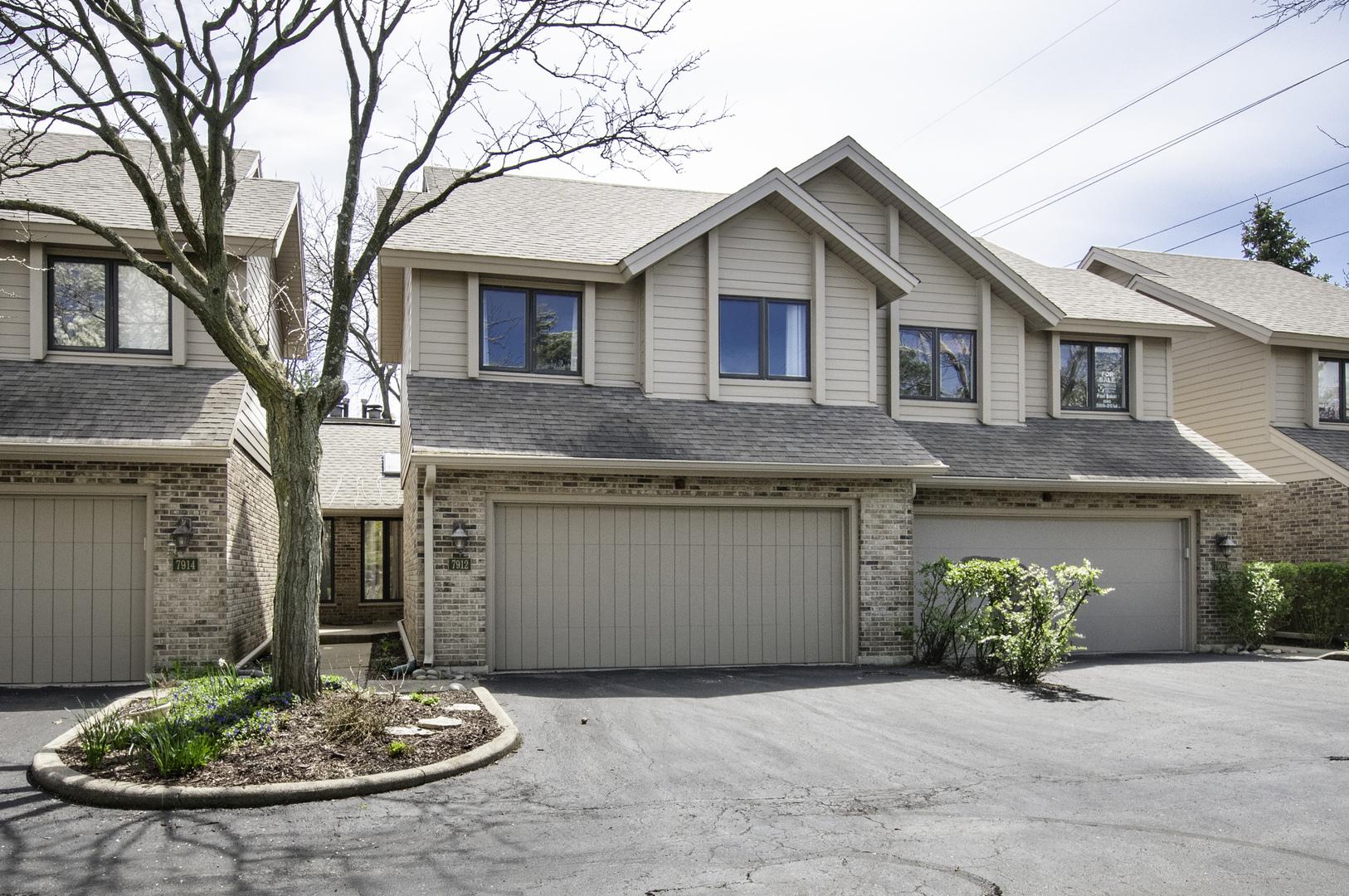 7912 South Garfield Avenue, Burr Ridge in Du Page County, IL 60527 Home for Sale