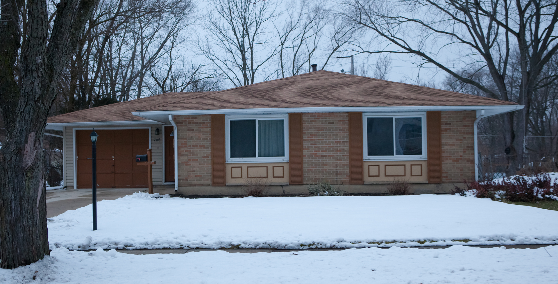 705 Oriole Drive, Streamwood, Illinois