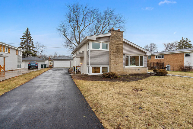 2528 Bel Air Drive, Glenview in Cook County, IL 60025 Home for Sale