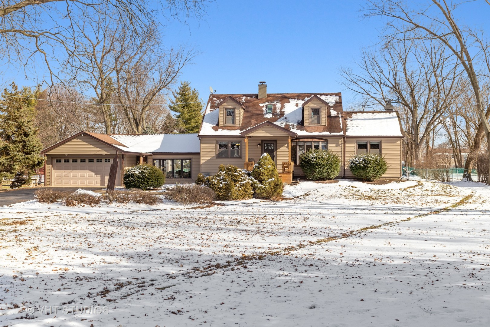1037 Lincoln Lane, Elk Grove Village in Cook County, IL 60007 Home for Sale