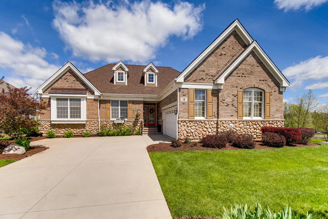 2 Aztec Court, South Barrington in Cook County, IL 60010 Home for Sale