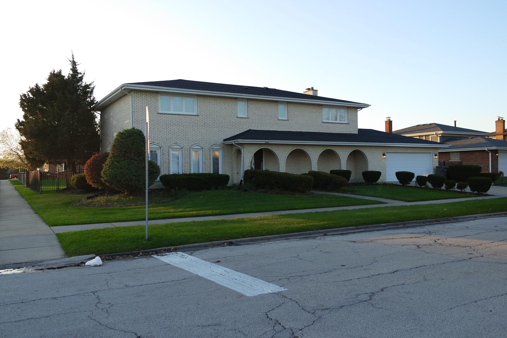15648 Chapel Hill Road, Orland Park, Illinois