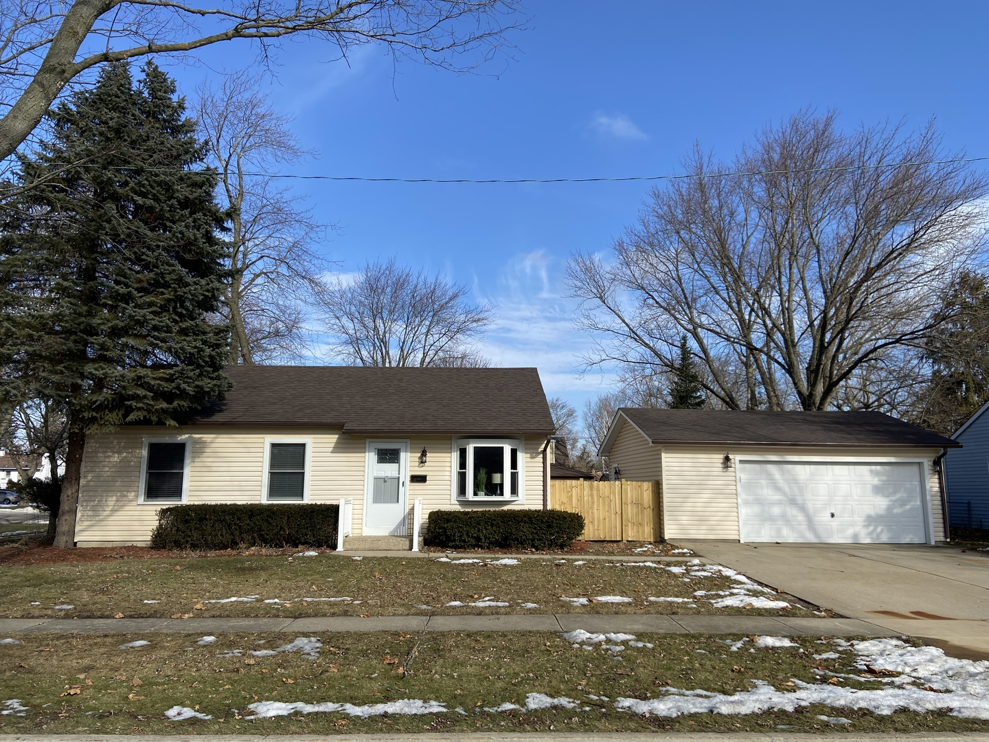 292 Mohawk Trail, Buffalo Grove in Cook County, IL 60089 Home for Sale