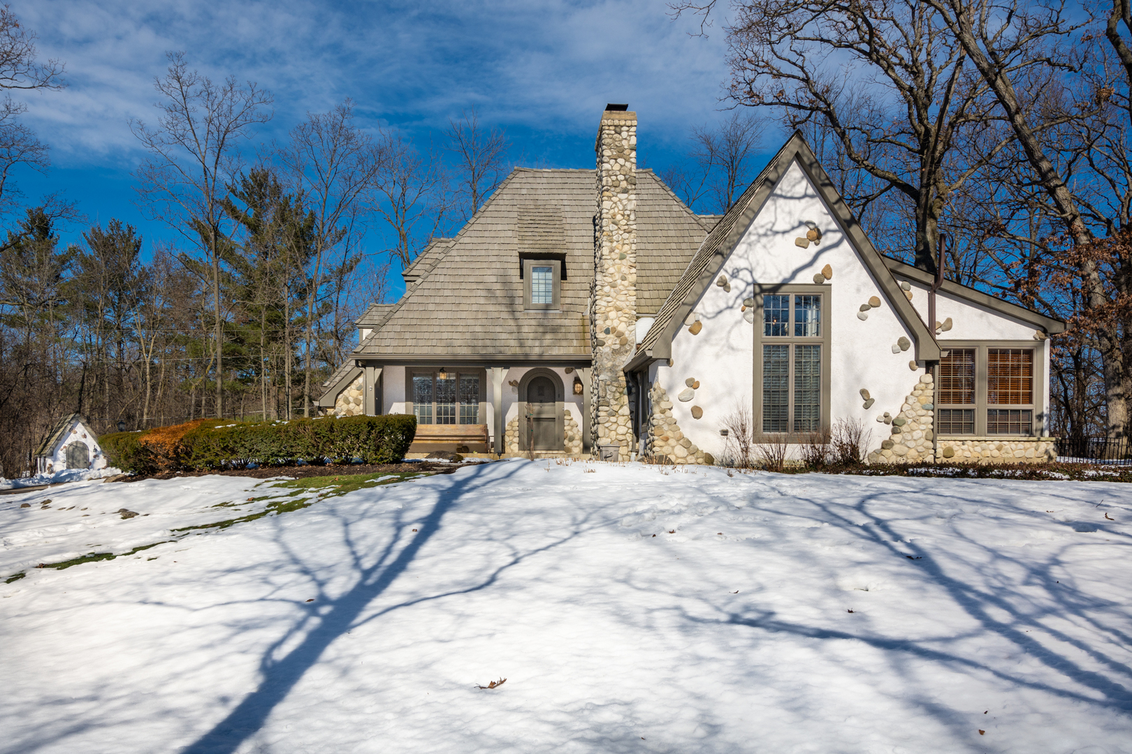 24126 West Bayview Road, Antioch, Illinois