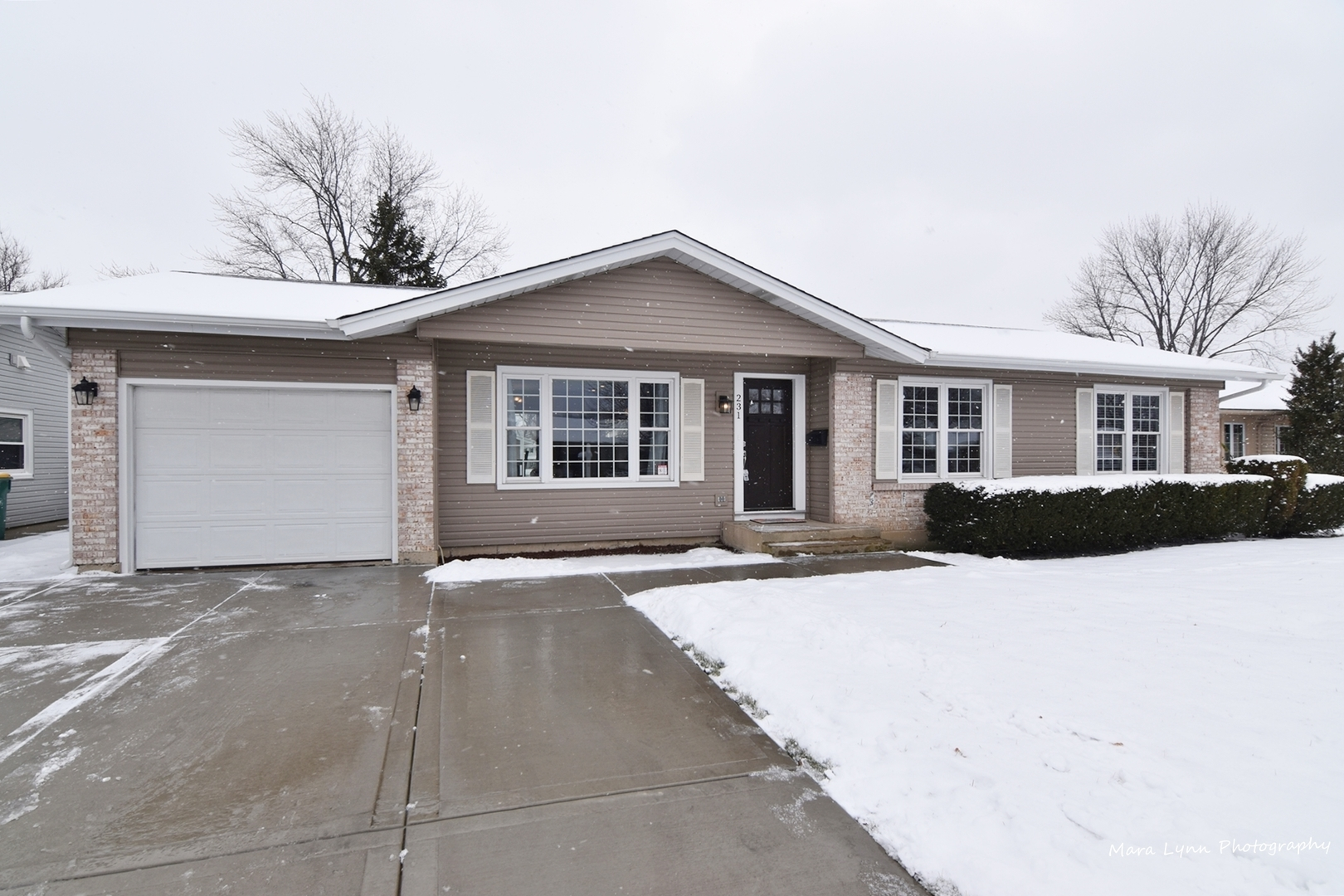 231 Parkchester Road, Elk Grove Village in Cook County, IL 60007 Home for Sale