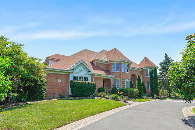 46 Willow Bay Drive, South Barrington in Cook County, IL 60010 Home for Sale