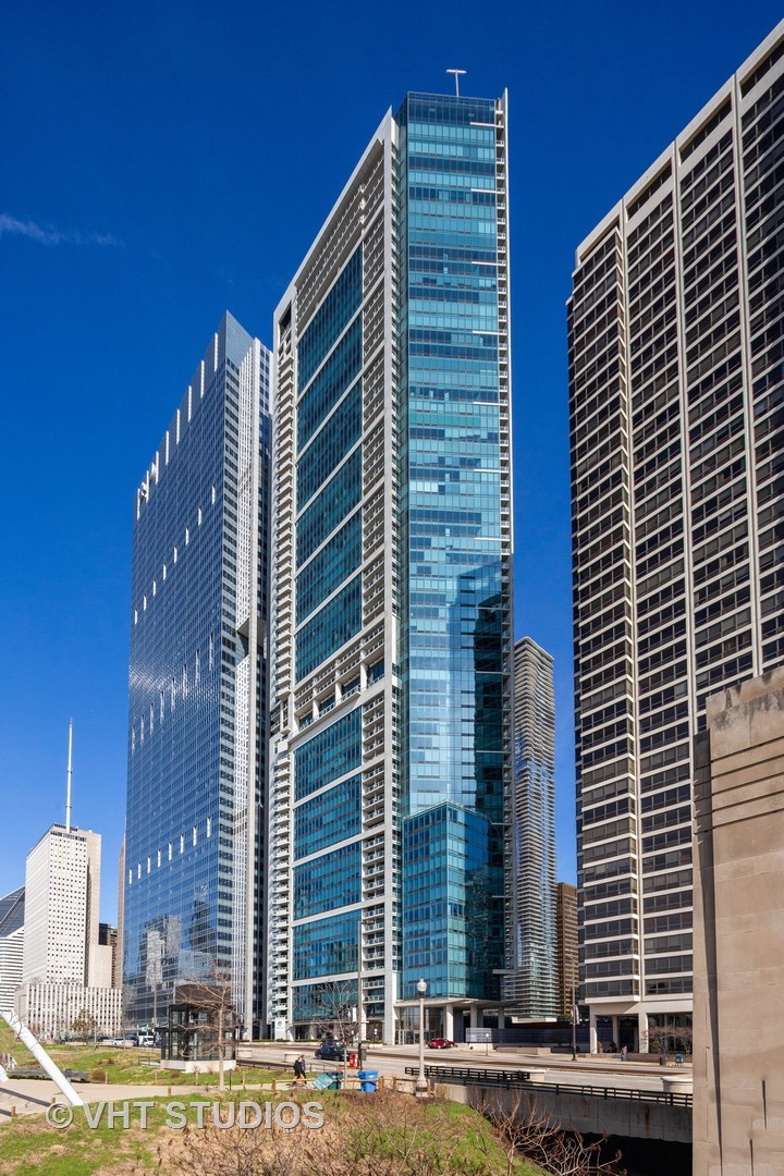 340 East RANDOLPH Street, one of homes for sale in Chicago Loop